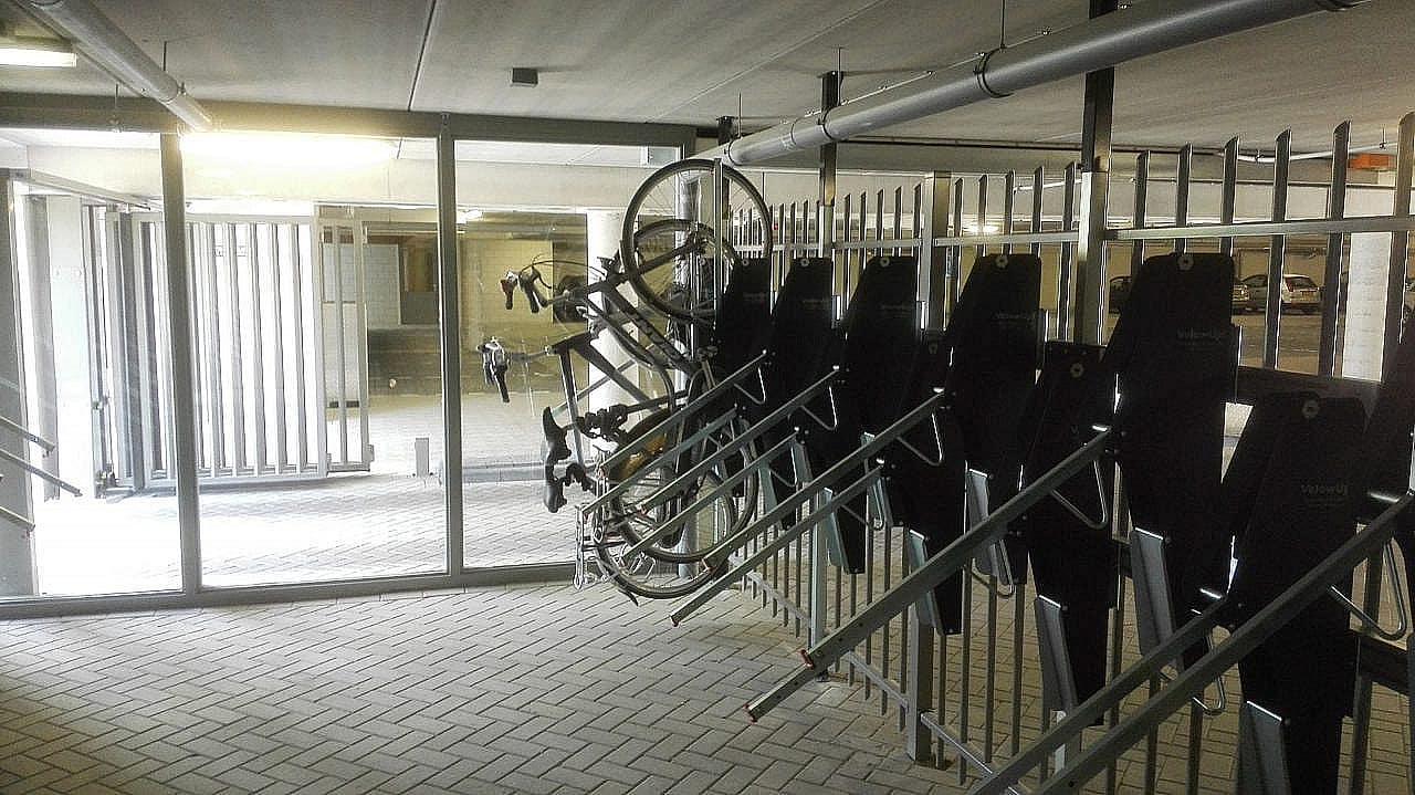 Verticaal Fietsparkeren VelowUp Fietslift